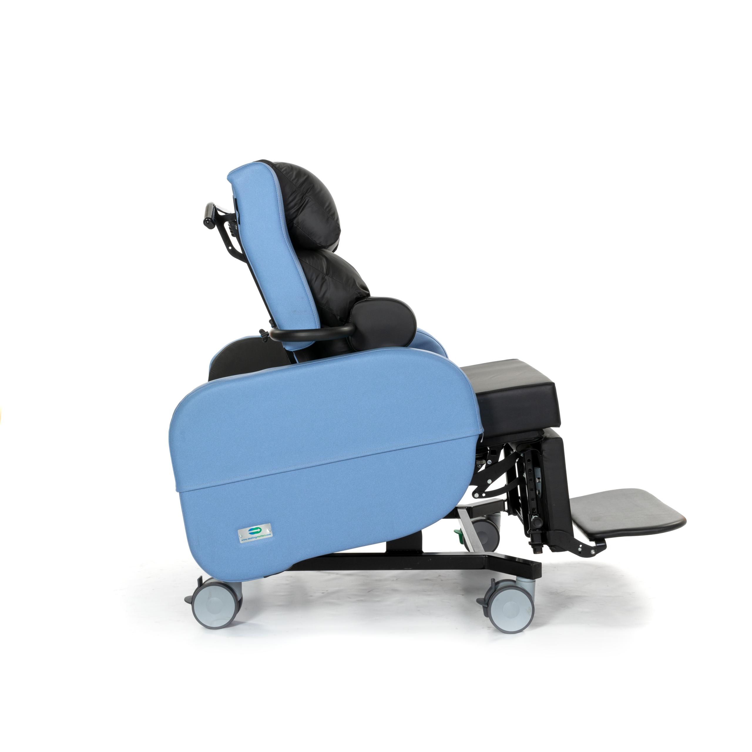 Zorgstoel voor obese bewoners Sorrento XL 01