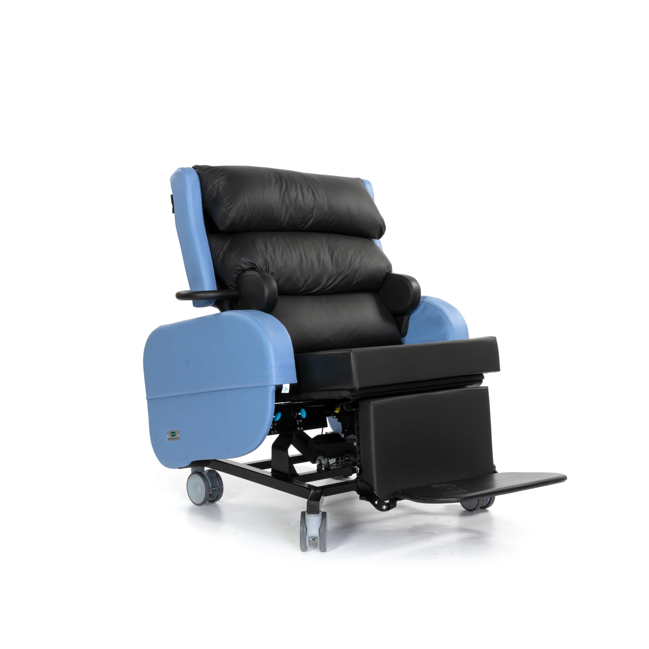 Zorgstoel voor obese bewoners Sorrento XL 02